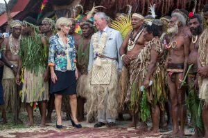 Britain's Prince Charles poses for a photograph with Chiefs and the Australian Minster for Foreign Affairs, Julie Bishop, during a visit to the Chief's nakamal, as he visits the South Pacific island of Vanuatu, 7 April 2018 (Photo: Reuters/Steve Parsons).