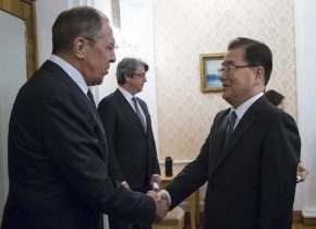 Russia's Foreign Minister Sergei Lavrov shakes hands with South Korea's National Security Office chief Chung Eui-yong during a meeting in Moscow, Russia 13 March 2018. (Photo: Reuters, Alexander Zemlianichenko)