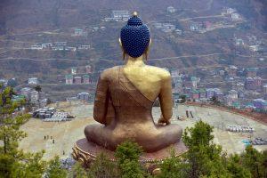 The Buddha Dordenma statue overlooks the town of Thimphu, Bhutan, 16 April 2016 (Photo: Reuters/Cathal McNaughton).