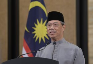 Malaysian Prime Minister Muhyiddin Yassin delivers a televised speech at the Prime Minister's Building, 24 April 2020 (Photo: Reuters).