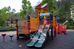 Playground is seen temporary closed, following the novel coronavirus disease (COVID-19) outbreak, in Hong Kong, China, 29 March 2020. (Photo: Reuters/Tyrone Siu).