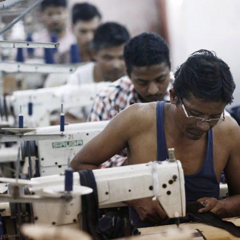 India squanders its comparative advantage